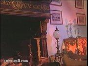 Охуенный классный накаченный кавказец толстый член трахает видео