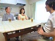 【足コキ動画】美形人妻にテーブルの下で足コキされる幸せ