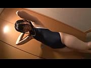 【小春恋】スクール水着姿で一般男性の部屋で着衣セックスします