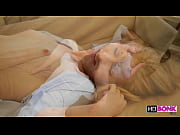Loira ninfeta linda fazendo sexo gostoso | Porno Grátis - Vídeos Porno Grátis e Filmes Porno em HD