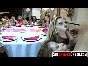 Публичный секс в ресторане онлайн