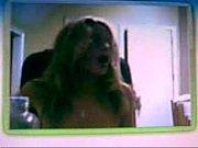 Блондинка в черной маске сосет