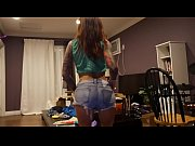 Picture Felicity Feline dances and works out to Liqu...
