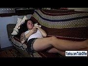 Порно подсматривает за сестрой смотреть порно