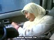 Sma jilbab mobil hot view on xvideos.com tube online.