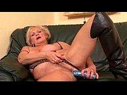 трах с некрасивой зрелой сучкой порно