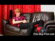 Hot twink 18 year old Austin Ellis is a tastey gay fellow from