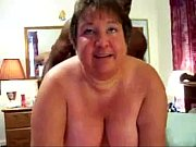 Порно с натуральными большими трясущимися сисками