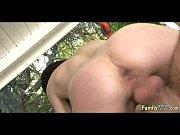 фистинг огромные предметы в анусе порно