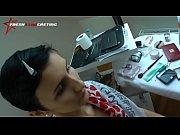 porno-video-bryunetok-s-korotkimi-volosami