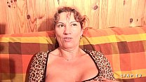 Mature libertine aux gros seins grave double pe...