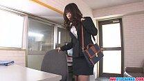Office babe Chinatsu Kurusu gives an asian blow…