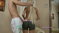 chiara is able to squirt when tied