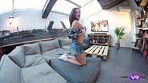 Tmw VR net - Lita Phoenix - TV ADDICT RUBS PUSSY