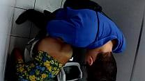 flagra de banheiro-fodendo antes de ir trampo – Free Porn Video