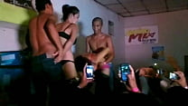 desnudas mujeres bar Shot