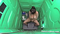 Porta GloryHole Chubby teen with lots of cocks ...