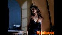 erotica escena una en desnuda electra Carmen