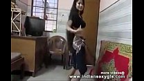 Desi Hot Indian College girl Shaking Boobs Danc...