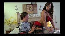 Big-booty brunette MILF Lisa Ann loves anal