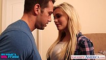 Blonde babe Mia Malkova gets facialized