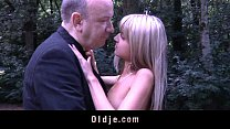 XXX Gina pays the old cashier with fuck Videos Sex 3Gp Mp4