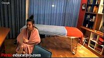 mujer una a erótico masaje un dar para inicial Fase