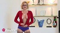 Chunky Teen Blaire Banks Fucks A Dick Way To Bi...