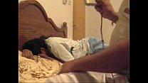 Порно с толстой бабой на кровати
