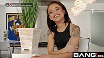 BANG Confessions: Holly Squirts All Over Hot Ne...