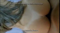 Videos de Sexo Garota de programa com belas tetonas empinando seu corpo na cama e dando o anus