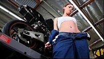 FantasyHD Car Mechanic Bangs Customer