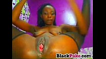 squirting black babe toying her ass and pussy