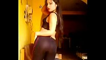 reggaetón bailando sexy Chilenita