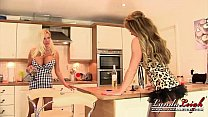 lynda leigh meets big boobed girl next door michelle thorne