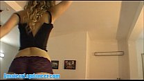 tai phim sex -xem phim sex Sexy girl shows her magic booty and lapdances