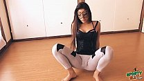 big botty teen in tight yoga pants stretching her hot cameltoe