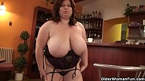 Mature BBW (anne marie) with XXL tits wears sto...