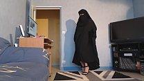 musulmane seins nus en niqab et jilbab - download porn videos