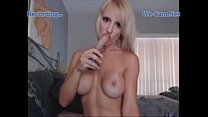 Sexy shorthair blonde faketits play toys on webcam
