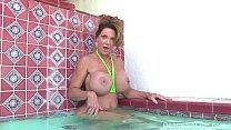 Mature Milf Deauxma Masturbates in the Pool!
