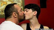 Секс видео писающие геи онлайн