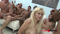 Vittoria Dolce savage gangbang, she cant hold b...