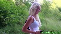 Picked up flashing babe shows creampie
