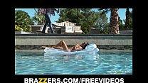 Секс во время массажа видео онлайн