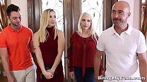 Naughty Girlfriend Sierra Nicole Opens Her Wet Cooze For Boyfriends Papa porn videos