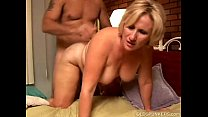 Kinky mature babe Molly gives a sloppy rimjob