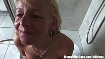 Mature Blond e Shaving Her Snatch And Blows Cock