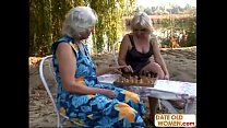 Grannies Play Chess