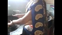 Desi indian Kannada aunty hot navel hip - download porn videos
